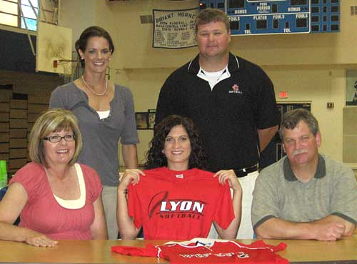 Sarah Hart signed a letter of intent to continue her softball career next fall at Lyon College today. Joining her were her parents Brenda and Mark, Bryant coach Lisa Stanfield and Lyon coach Jason Miner.