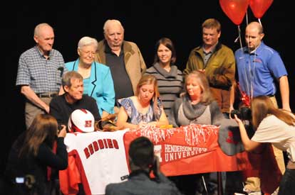 Kayla Sory signs with Henderson State University. (Photo by Kevin Nagle)