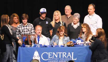 Peyton Jenkins signs with Central Baptist College. (Photo by Kevin Nagle)