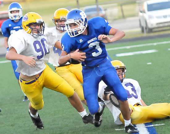 Devon Sears (3) caught a touchdown pass in Monday's game. (Photo by Kevin Nagle)