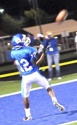 Charles Henson scored his first varsity touchdown on this pass. (Photo by Kevin Nagle)
