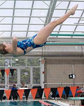 Alise Heavrin finished second in the one-meter dive. (Photo by DeDe Gillespie)