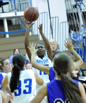 Jayla Anderson takes a shot for the Lady Hornets JV team. (Photo by Kevin Nagle)