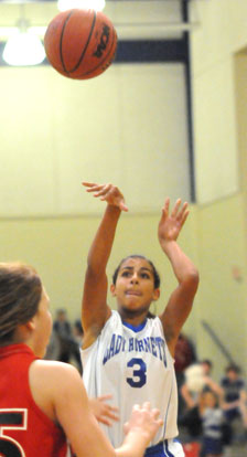Jadyn Lewis fires up a shot. (Photo by Kevin Nagle)