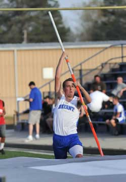 Dalton Davis competes in the pole vault. (Photo by Kevin Nagle)