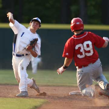 Ozzie Hurt (1) relays to first after forcing Cabot's Tristan Bulice. (Photo by Rick Nation)