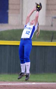 McKenzie Rice makes a leaping catch. (Photo by Kevin Nagle)