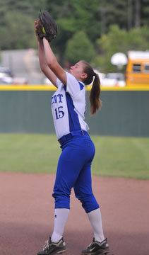 Brittney Ball hauls in a pop at second. (Photo by Kevin Nagle)