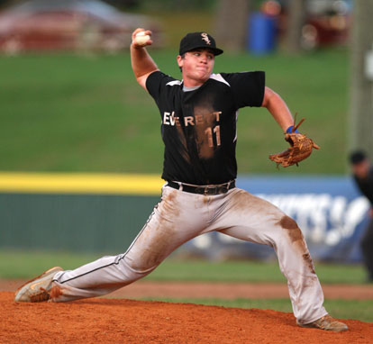 Wesley Akers fires a pitch. (Photo by Rick Nation)