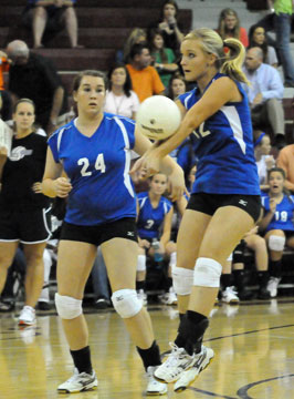 McKenzie Rice controls the ball in front of teammate Brooke Howell (24). (Photo by Kevin Nagle)