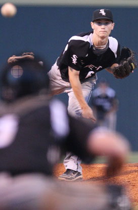 Harrison Dale delivers a pitch. (Photo by Rick Nation)