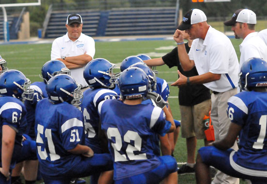 Bethel head coach Dale Jones makes a point with his team during halftime. (Photo by Kevin Nagle)