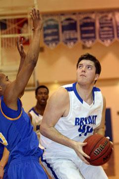 Zach Cambron eyes the basket. (Photo by Rick Nation)