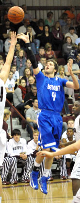 Luke Rayborn releases a flying jumper. (Photo by Kevin Nagle)