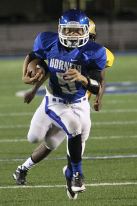 Landon Smith scored on a 19-yard run in the first quarter. (Photo by Rick Nation)