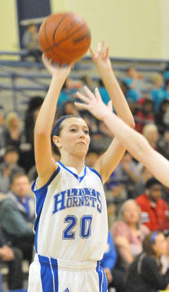 Kailey Nagle hit a pair of key jumpers against Mount St. Mary. (Photo by Kevin Nagle)