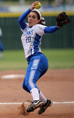 Kayla Jolley whipped up a one-hit shutout against Texarkana. (Photo by Rick Nation)