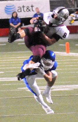 Bryant cornerback Drew Tipton undercuts Benton receiver Drew Dyer. (Photo by Kevin Nagle)