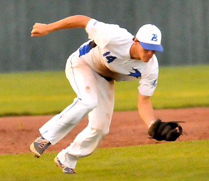 Brandan Warner makes a play at third. (Photo by Kevin Nagle)