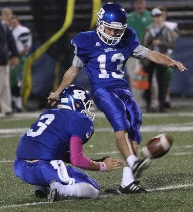 Hayden Ray (13) kicked a 21-yard field goal out of the hold of Gunnar Burks. (Photo by Rick Nation)