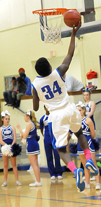 Randy Thomas goes up for a layup. (Photo by Kevin Nagle)